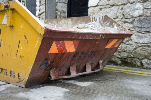Builders Skip Hire in Kent